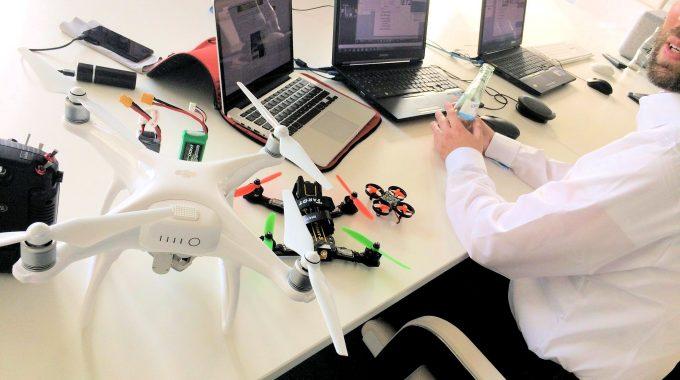 Mr. Drone Und Mr. Hack Starten Die #CWEEK
